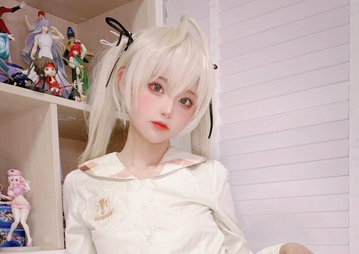 (日本語) 人気コスプレイヤー『SeeU』 ギリギリな挑発?? セクシーなタイツを履いたコスプレを披露!!